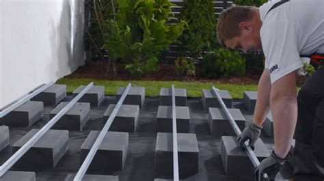 terrasse unterkonstruktion alu relazzo montage 6 16 montage der alu unterkonstruktion