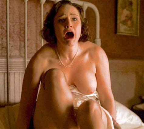 Ilana Glazer Nude Hot Girls Wallpaper