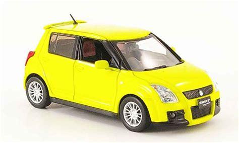 Suzuki Sports Car Models Suzuki Sport Yellow Funfturer Rechtslenker 2005 J