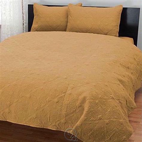 gold quilted coverlet cozelle quot tripoli quot quilted three piece coverlet set king