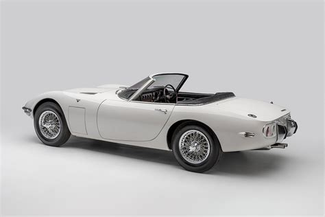 Toyota 2000gt Bond by Bond S 1967 Toyota 2000gt Roadster Hiconsumption