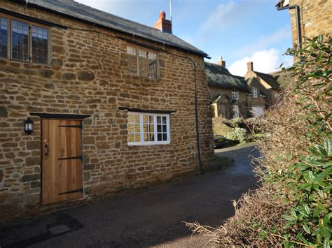 Friendly Cottages In Oxfordshire Uk 2 Bedroom Cottage In Banbury Friendly Cottage In