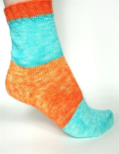 knitting socks on 9 inch circular needles 1000 images about knitting socks on