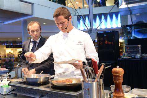 cours de cuisine 92 nasser jeffane offre un cours de cuisine aux visiteurs des