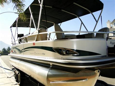 party boats for sale california 2011 used sun tracker party barge 22 sport fish regency