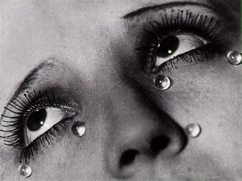 libro man ray photography in their own words man ray the art minute