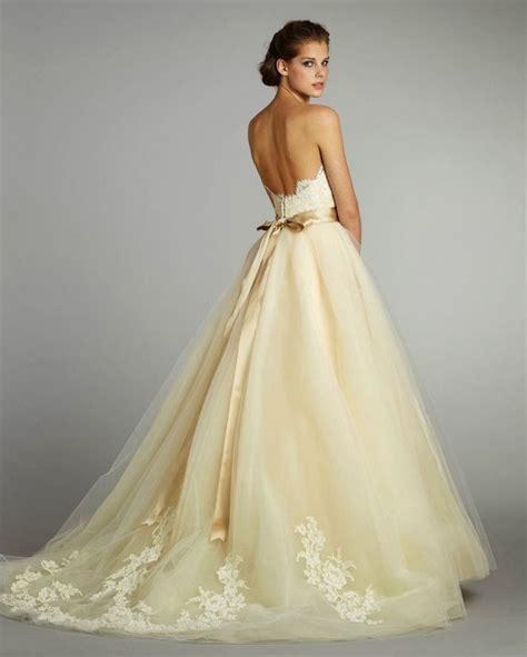 Wedding styles on Pinterest: Best wedding dresses #3