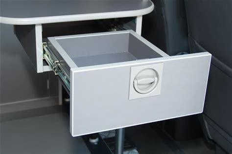 Unterbau Schublade by Der Business Tisch F 252 R Den Volkswagen Multivan Walter