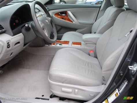 ash gray interior 2010 toyota camry xle v6 photo 38572785
