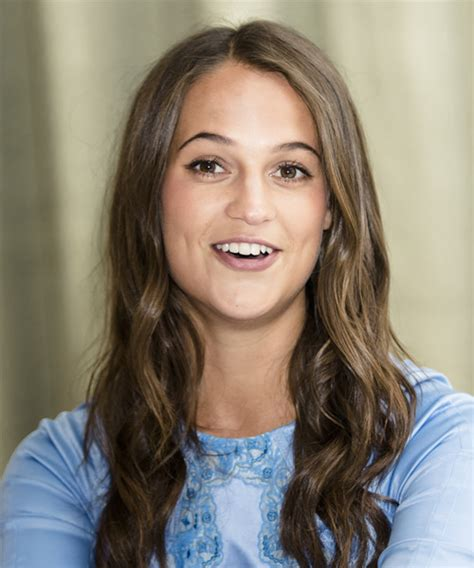 Alicia Vikander Hairstyles for 2018   Celebrity Hairstyles