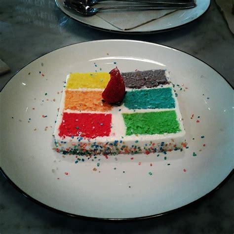 colorsfood kitchenette