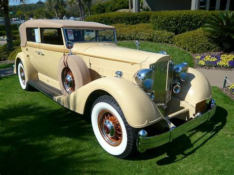 yellow rolls royce great gatsby 37 best images about the great gatsby minions on
