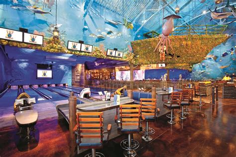 Patio Umbrellas Denver Bass Pro Shops First Uncle Buck S Fishbowl And Grill In