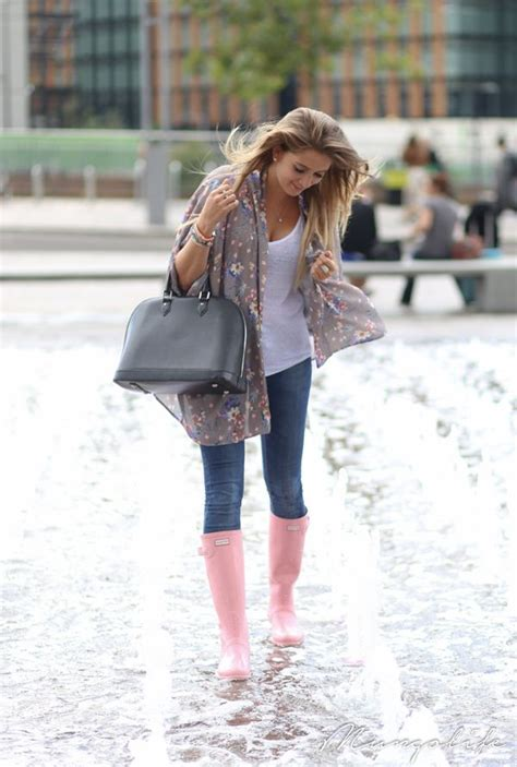 what to wear on s day what to wear on rainy days