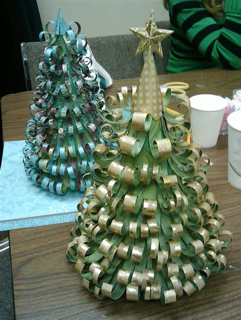 How To Make Tree Decorations With Paper - 30 beautiful paper decorations ideas