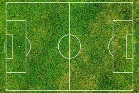 wallpaper dinding lapangan bola photo gratuite terrain de football football rush