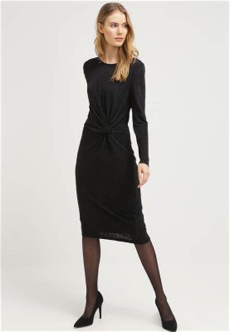 smart casual jurken dresscode business casual voor heren en dames