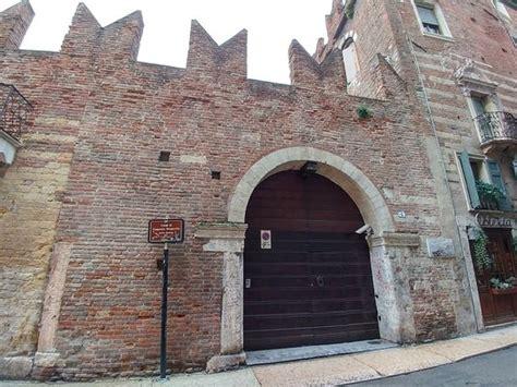 casa romeo verona casa de romeo picture of romeo s house casa di romeo