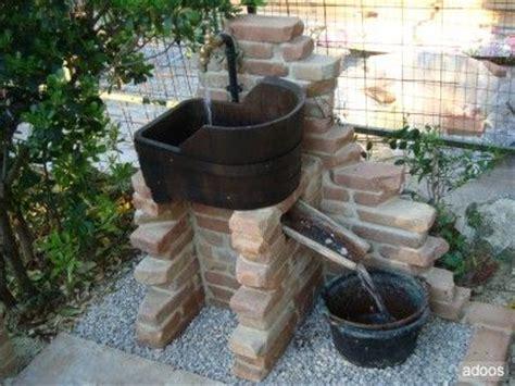 fontana da terrazzo oltre 25 fantastiche idee su fontane da giardino su
