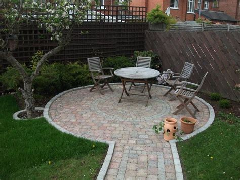 Circular Patio Designs 17 Best Images About Patio On Modern Backyards And Porch Stairs