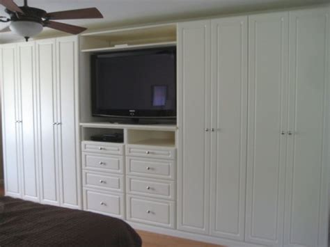 Wardrobe Tv Stand by 15 Must See California Closets Pins Custom Closets
