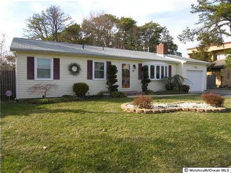 houses for sale in toms river nj houses for sale toms river nj toms blue and white stripe