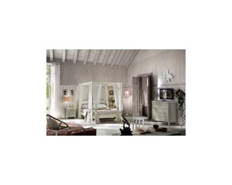 letto baldacchino legno bianco letto a baldacchino in legno massello col bianco o avorio