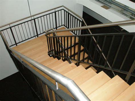 Terrasse Mit Geländer by 8punkt8 187 Archiv 187 Treppe Im Spreespeicher