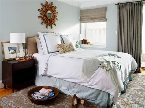 stylish ways  decorate  mirrors   bedroom hgtv