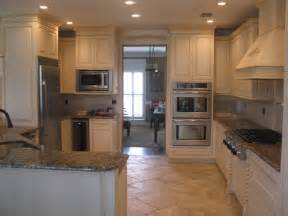 Houzz Painted Kitchen Cabinets Kitchen Cabinets Painted And Fauxed Contemporary Kitchen Other Metro By Calhoun Painting