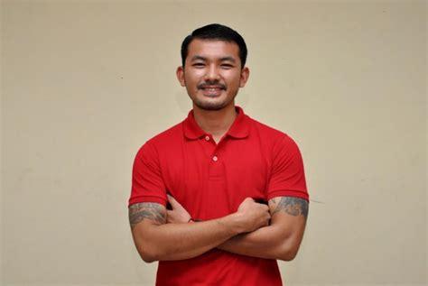 ftv dimas anggara dan rio dewanto sepak terjang aktor rio dewanto republika online
