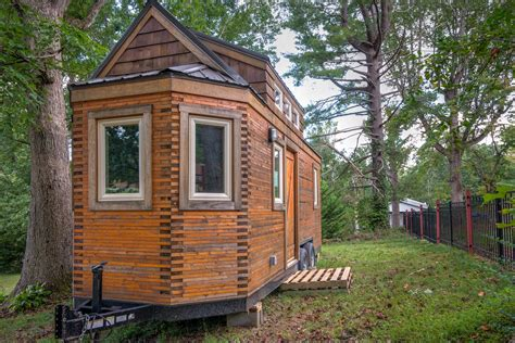 Tree Apartments Asheville Nc Beeming Bee Tree Tiny House In Asheville For Sale