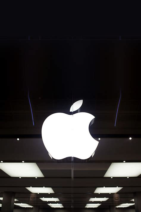 wallpaper apple store freeios7 apple store logo dark parallax hd iphone ipad