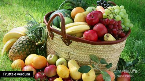 pressione alta alimentazione corretta pressione alta dieta e alimenti da evitare