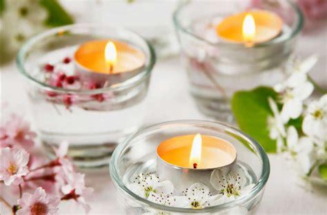 centrotavola fiori e candele centrotavola fai da te per la festa della donna tante