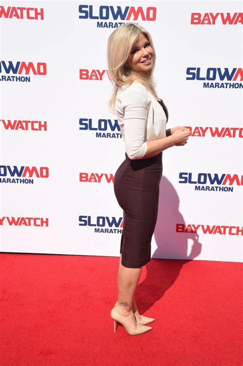 d d donna d errico at baywatch casts hosts the slomo marathon