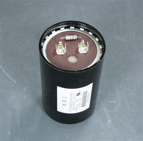 capacitor for carrier condenser carrier compressor start capacitor hc95de041 hc95de041 81 00 shortys hvac supplies