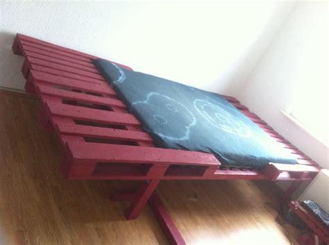 doppelbett matratze palettenbett doppelbett umbau tiefer gelegt