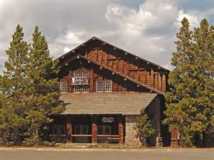 breaking yellowstone park lodge was on lockdown after