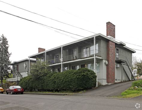 Merrill House Apartments by Merrill Apartments Rentals Oregon City Or