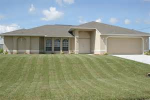 3 car garage home floor plans home design and style 3 car garage home floor plans