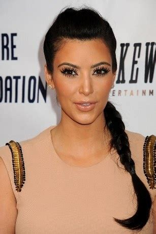 hairstyles accenting the eyes best 25 kardashian hairstyles ideas on pinterest kim