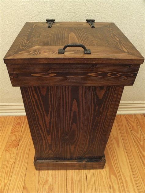 wooden trash can 25 best ideas about kitchen trash cans on pinterest