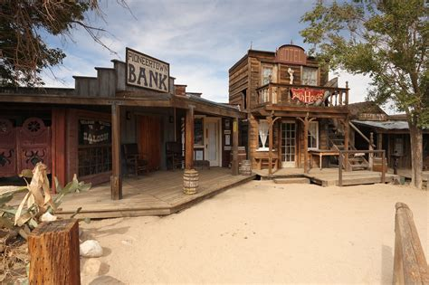 file pioneertown california saloon and bath house jpg wikipedia