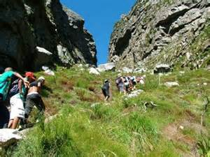 hiking up table mountain via platteklip gorge