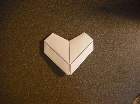 Fold Paper Hearts - how to make a paper