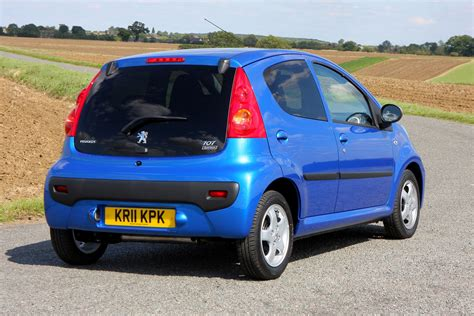 peugeot cars for peugeot 107 hatchback review 2005 2014 parkers