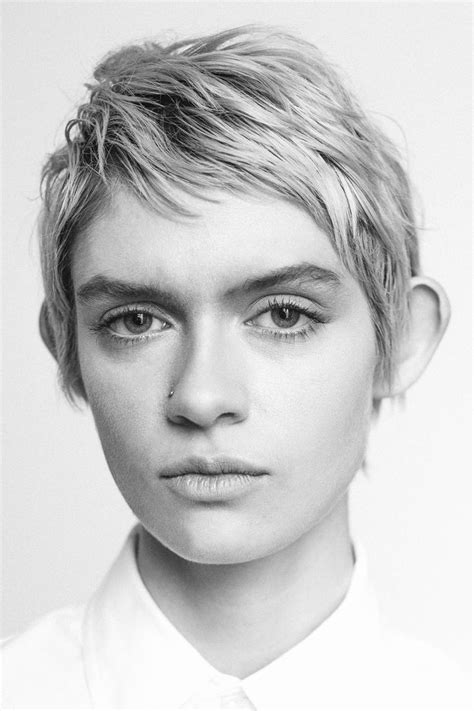 pixie cut strong jawline 178 best images about short hair don t care on pinterest