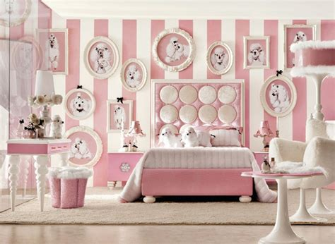 Minnie Mouse Bedroom Decorations Dormitorio De Ni 241 As Decorado Con Figuras De Perro Caniche Toys