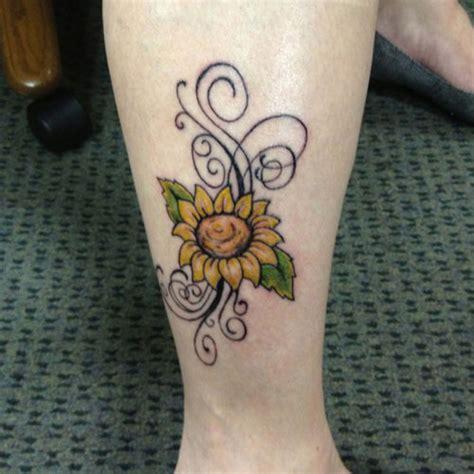 35 Staggering Sunflower Tattoo Designs Creativefan | tatoos by angelbee33 on pinterest sunflower tattoos